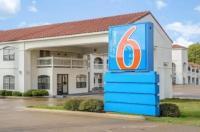 Motel 6 Canton TX Image