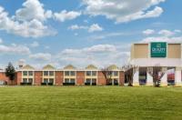 City Studios Inn & Suites Image