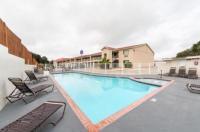 Motel 6 San Antonio - Fiesta Trails Image