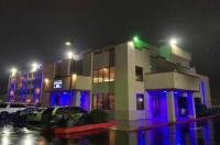 HILLS GARDEN HOTEL Image