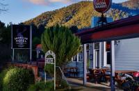 The Harrietville Snowline Hotel Image
