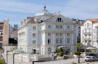 Hotel Hoyuela Image