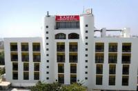 Kamat Lingapur Hotel Image