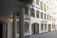 Eurohotel Sovereign Saint Denis Basilique Image
