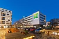Kyriad Hotel Massy Image