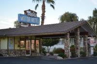Tropics Motor Hotel Image