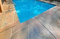 Comfort Inn & Suites Peachtree Corners Image