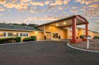 Econo Lodge Inn & Suites Albany Image