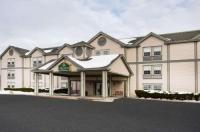La Quinta Inn & Suites St. Albans Image