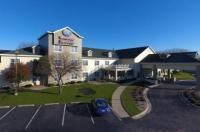 Comfort Suites Appleton Airport Image