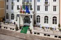 Hotel Croce Bianca Image