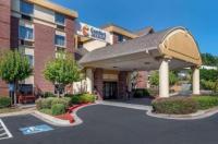 Comfort Inn & Suites Suwanee Image