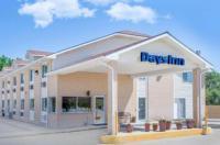 Days Inn Ogallala Image