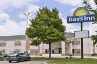 Days Inn Walcott Davenport Image