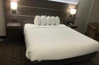 Days Inn Wagoner Image