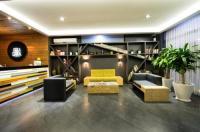 Hotel Perla Central Image