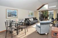 Gordon Villa 2 - Christchurch Holiday Homes Image