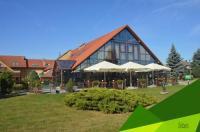 Hotel Trawa Image