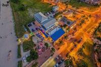 Beachfront Inn Image