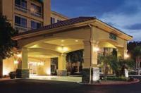 La Quinta Inn & Suites Stevenson Ranch Image