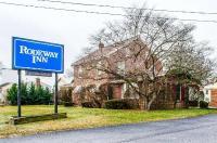 Rodeway Inn Akron Image