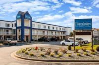 Super 8 Fort Wayne Image