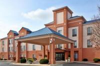 Holiday Inn Express Hotel & Suites Lansing-Leavenworth Image