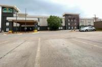 La Quinta Inn & Suites Salina Image