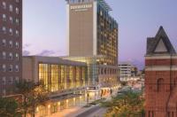 Doubletree By Hilton Cedar Rapids Convention Complex Image