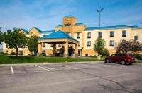 Comfort Inn & Suites Hutchinson Image