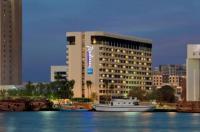 Radisson Blu Hotel Dubai Deira Creek Image