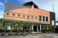 Hotel Manau & Cottages Image