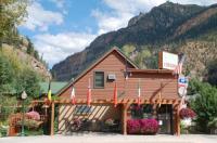 Rivers Edge Motel Lodge & Resort Image