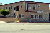 Tropicana Motel Image