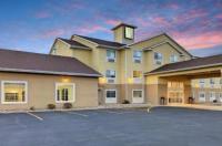Estherville Hotel & Suites Image
