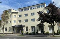 Hotel Michael Image