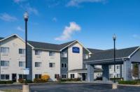 Baymont Inn & Suites Gurnee Image