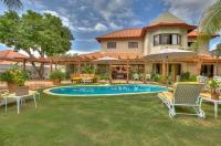 Villa Rancho Arriba 4 Image