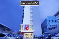 Amaris Hotel Pancoran Image