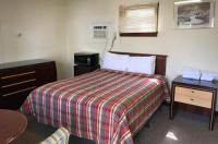Highlander Motel Image