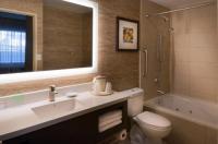 Holiday Inn Express Hotel & Suites Pasadena Image