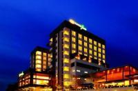 Kings Green Hotel Image