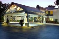 Hampton Inn Hilton Head Image