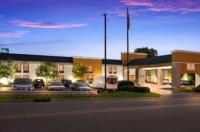 Hampton Inn Batesville Image