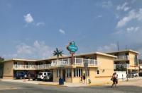 Knolls Motel Image