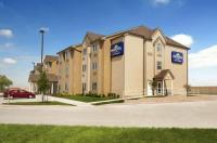 Microtel Inn & Suites Kenedy Image