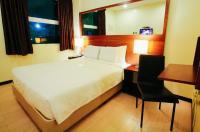Go Hotels Bacolod Image