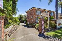 Coachman Motor Inn Image