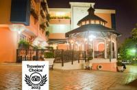 Platino Hotel & Casino Image