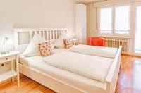 Johannishof Wein-Café & Gästehaus Image